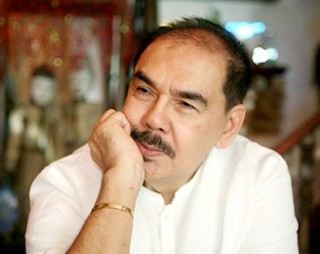Dr. Efren 'Boy' Vazquez