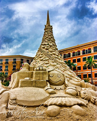 Downtown Sand Sculpture by Roberto_Aloi