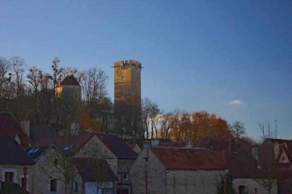 Montbard - Tour de l'Aubespin