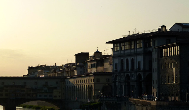 Florence - jour 3 - 081 - Lungarno