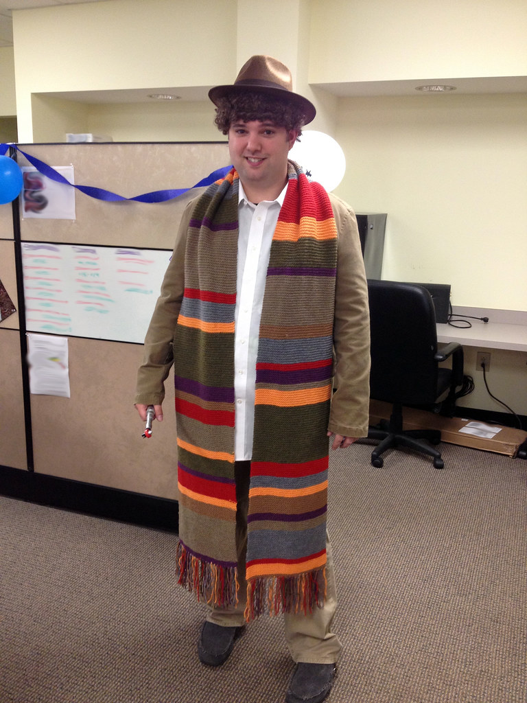The finished 4th Doctor scarf.