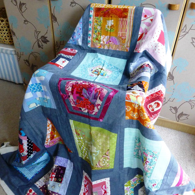 Brit Bee Quilt basted