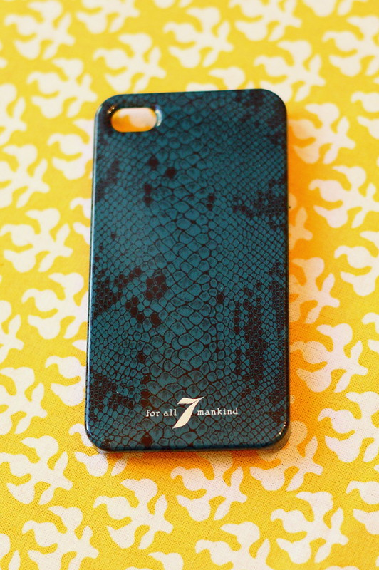 7FAM iphone case