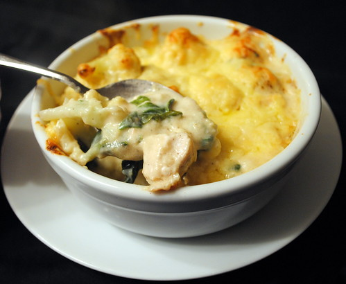 Chicken Spinach & Cauliflower Cheese Pots
