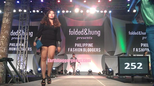 Sai Sayson-Montes @ New Glorietta Vibe for Folded & Hung