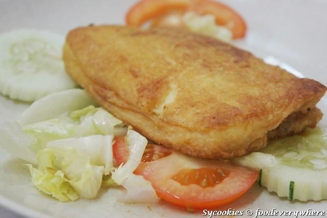 Roti Babi RM 8 @ yut kee