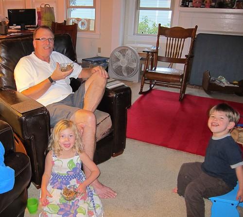calla and grandpa make apple crisp