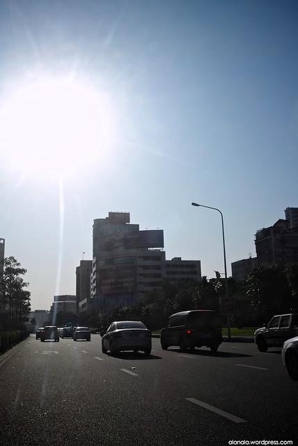Traffic in Jiang Men