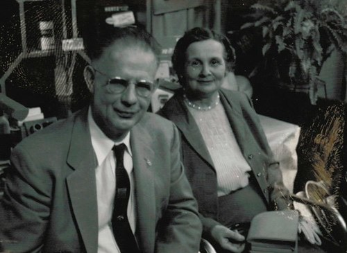 BWODickinsonJr.Gladys.1945