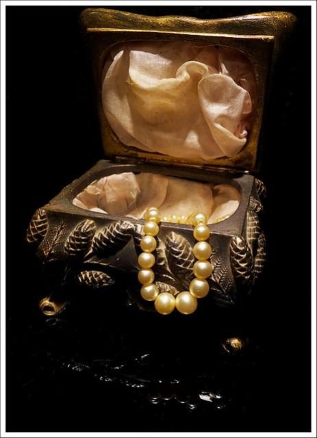 (355/366) Pearls