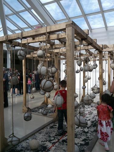 Открытие выставки Виктора Хмелика и Олега Батухтина, галерея АртВладивосток