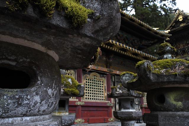 Lantern stands - Nikko Toshogu