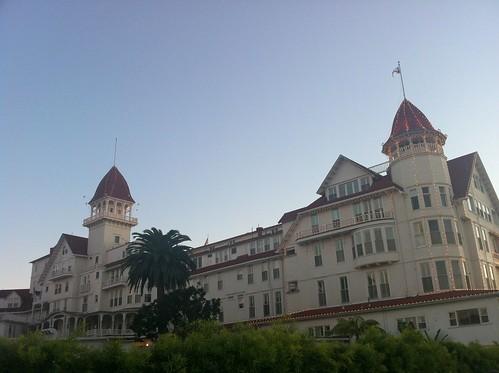 coronado_hotel_side