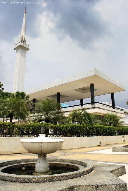 Masjid Negara National Mosque Kuala Lumpur Malaysia