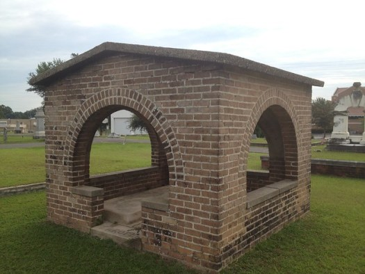 Grave Shelter, Oaklawn Cemetery, Hattiesburg MS