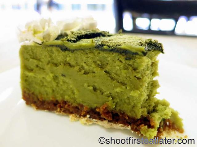 Akiba Cafe- green tea cheesecake P130-002