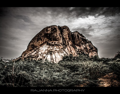 Thirupparankundram Hill, Madurai by Rajanna @ Rajanna Photography