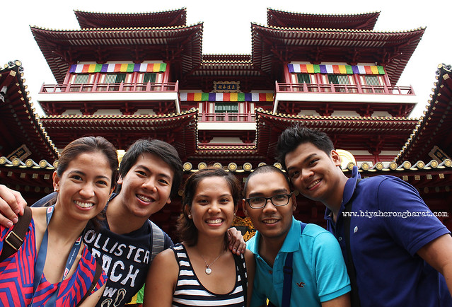 Buddha Tooth Relic Temple & Museum Chinatown Singapore