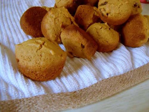 sweet raisin muffin close up