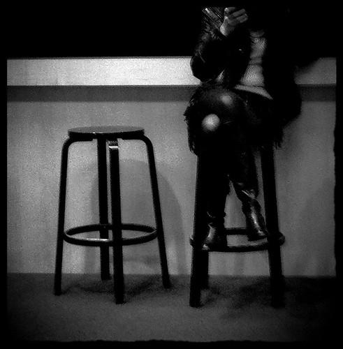 The Knee ~ Paris ~ MjYj by MjYj