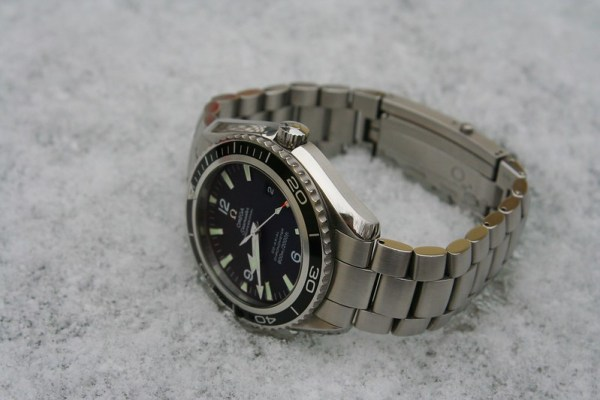 It's big....but not too big! - The Dive Watch Connection