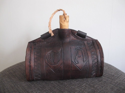 leather costrel 18