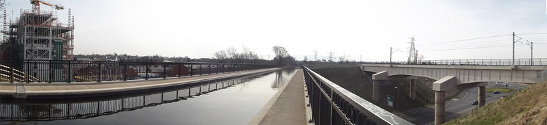 Worcester & Birmingham Canal - Selly Oak - Ariel Aqueduct and railway viaduct - panoramic, by Elliott Brown. Picture from Flickr used under Creative Commons licence, click pic for link.