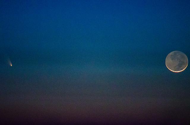 Crescent Moon, Pan Starrs Comet