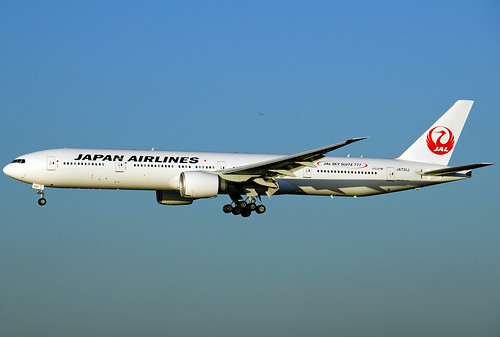 JA731J, Boeing 777-346ER, Japan Airlines, LHR 09.01.2013 by Skidmarks_1