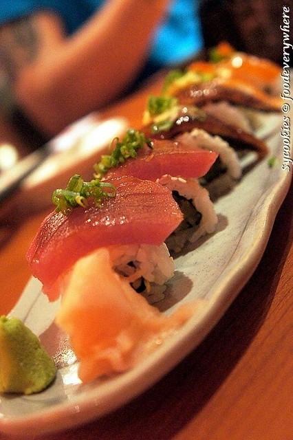 9.Tokujo irodori sushi (1)