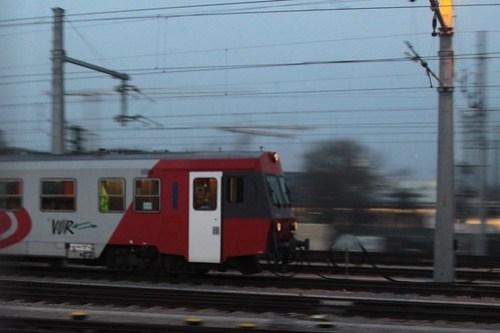 Passing an ÖBB Class 5047 DMU