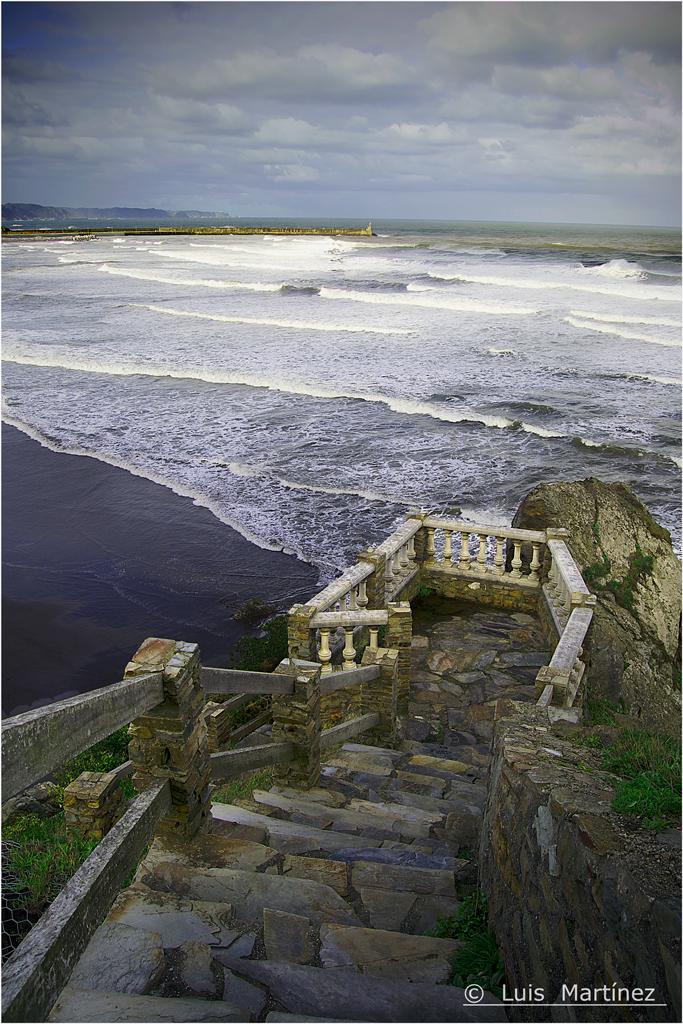 Hacia el Mar / Seaward