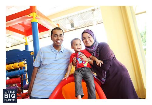 Arif Zayd is 2