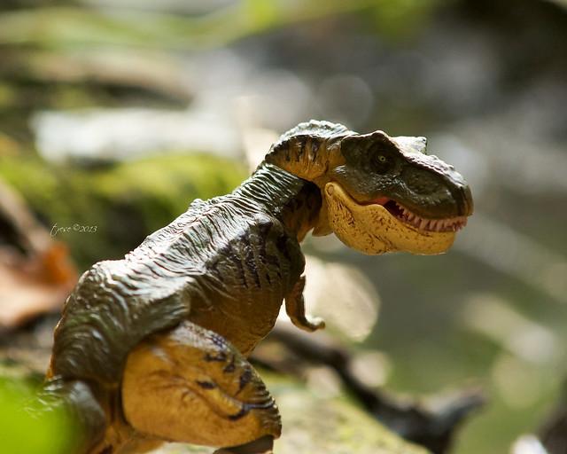 Revoltech Jurassic Park T-rex toy