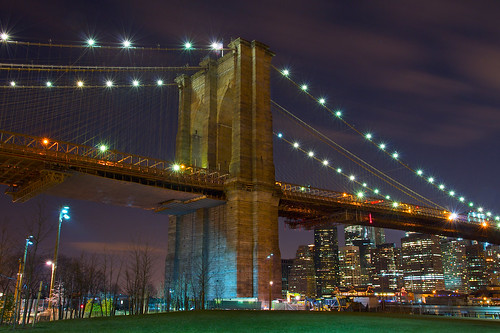 Brooklyn Bridge Lights by SunnyDazzled
