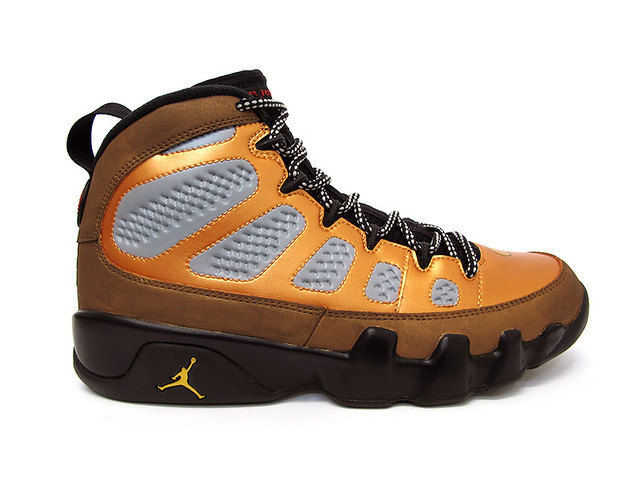Night Owl Jordan IX