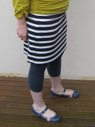 StyleARC Fay skirt in Spotlight ponte