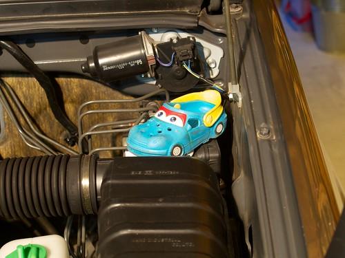 Suzuki Jimny JB23W — Replacing Spark Plugs