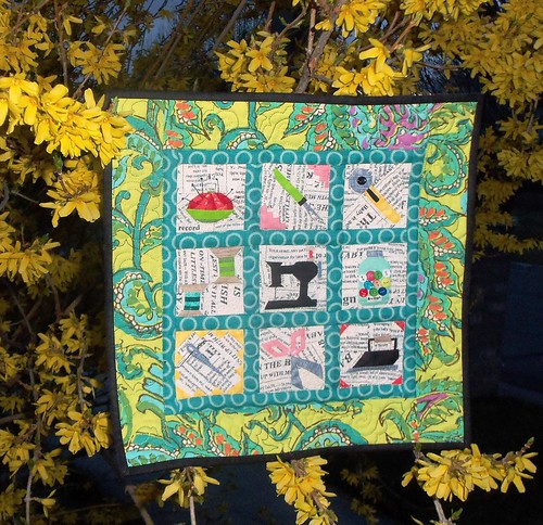 Mini Quilt for sideswap with Nanotchka... by ruthiequilts