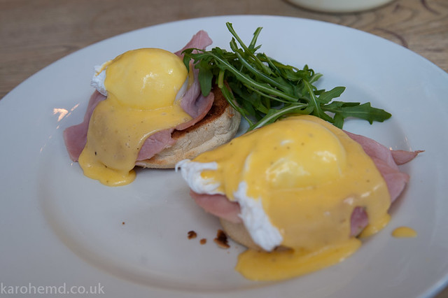 Eggs Benedict at The Hampshire Hog