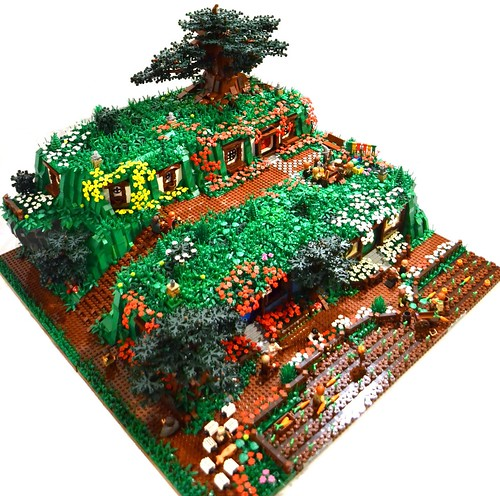 LEGO Hobbiton diorama by David Frank on Flickr