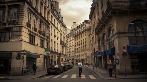 Hesitation (Should I Stay or Should I go ?) - Paris - Photo : Gilderic