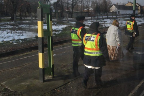 Hungarian police check our train at Lőkösháza station, on the Romanian border