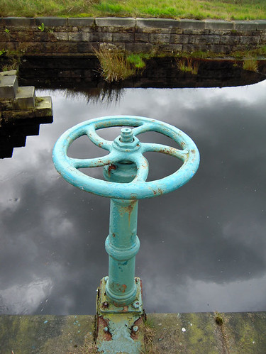 Reservoir steering wheel, Warland Reservoir, West Yorkshire, UK