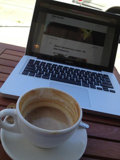 Blogging at Cafe Sophie