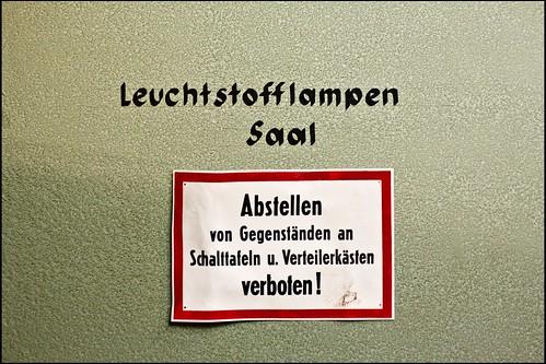 Hinweis / Sign