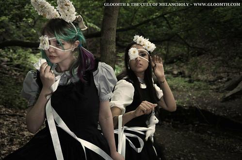 gloomth gothic lolita fashion