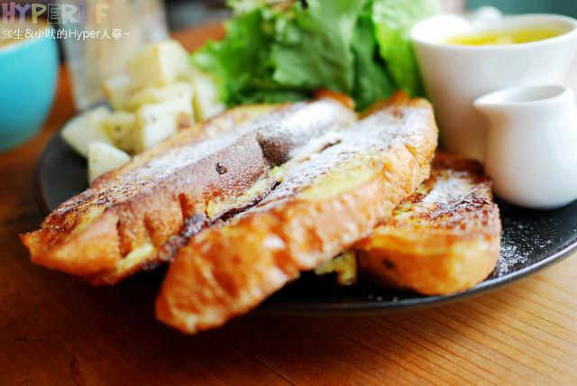 29564921671 33757e1e49 z - 工業風裝潢x豐盛早午餐讓心和胃都好飽足,來好拍又好吃又健康的《Heynuts Café 好堅果咖啡》根本一舉二得!!