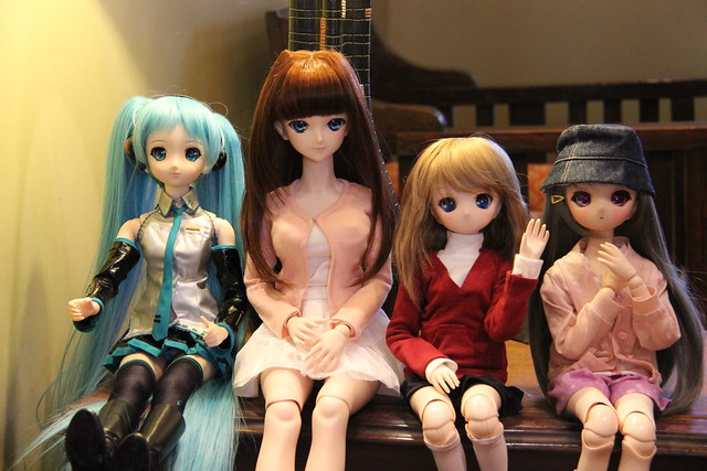 Afternoon Tea Doll Meet