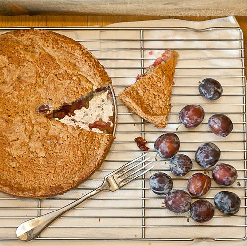 Sugar Plum Walnut Butter Cake (3 of 7)